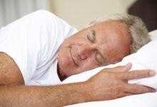 """Orta Yaşlarda """"6 Saatten Az Uyku"""" Bunama Riskini Artırabilir"""