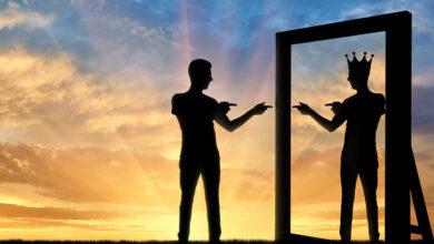 Kendini Sevmek Ne Demek? Psikologlar Tarafından Öğretilen Narsisizmi Uygulamanın 6 Yolu